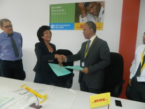 signature-convetion-dhl-1